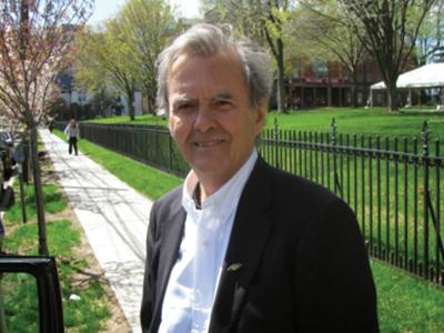 Headshot for author Robert McGarvey
