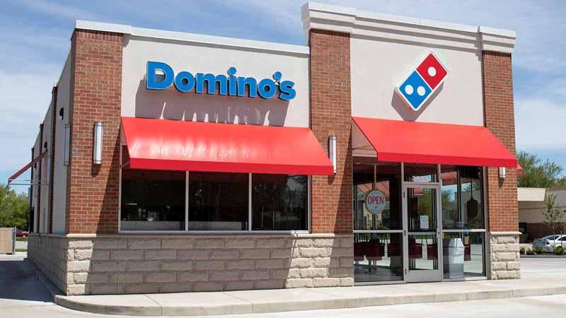 Domino's Pizza storefront.