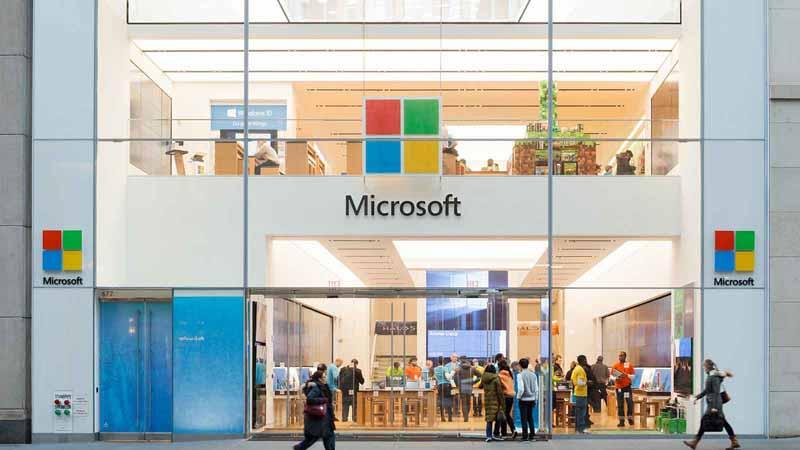 Microsoft storefront in New York City.