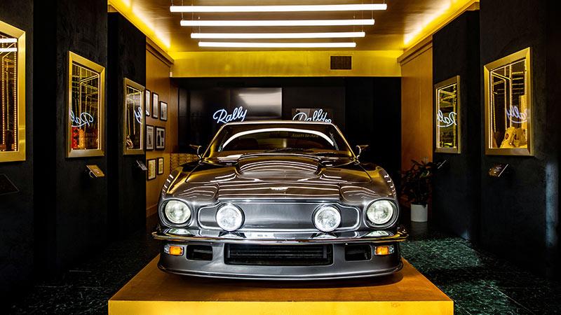 Vintage model Mustang.