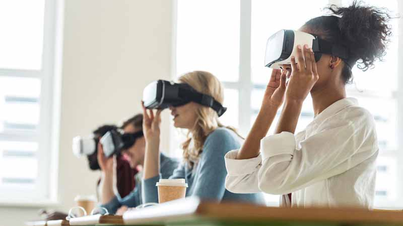 5 New VR Applications That Aren't Gaming